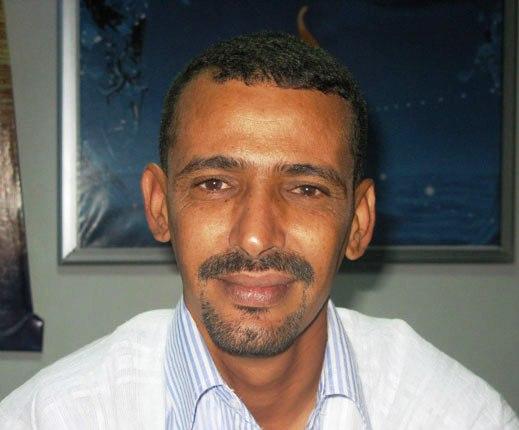 الإعلامي ونقيب الصحفيين الموريتانيين الأسبق الحسين ولد امدو (السراج)