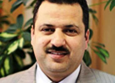 أستاذ اللسانيات د مهدي عرار فائز سابق بجائزة شنقيط للآداب والفنون (السراج)