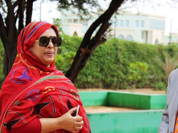 رئيسة جمعية التنوع البيئي والثقافي ميمونة بنت السالك (أرشيف - السراج)