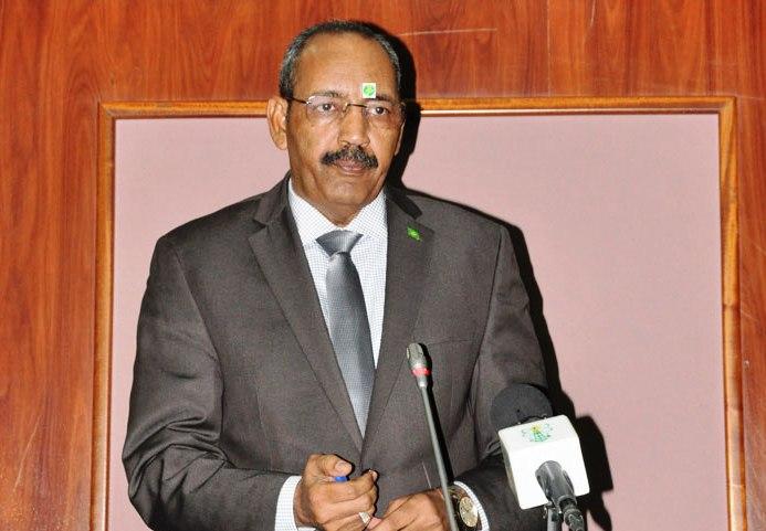 وزير يقول ان نتائج حملة الانتساب لحزب تواصل مزورة