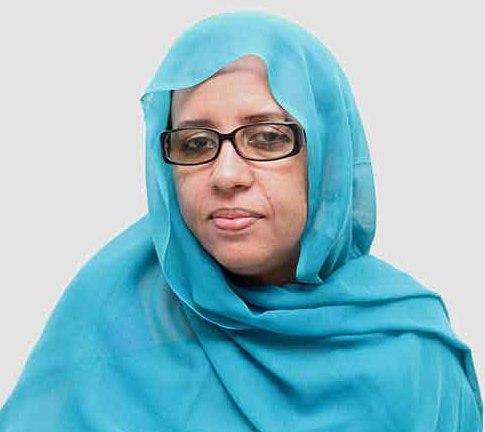 وزيرة الثقافة والصناعة التقليدية الموريتانية هند بنت عينينا (أرشيف)
