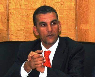 عبد الله أتفغ المختار: كاتب صحفي.