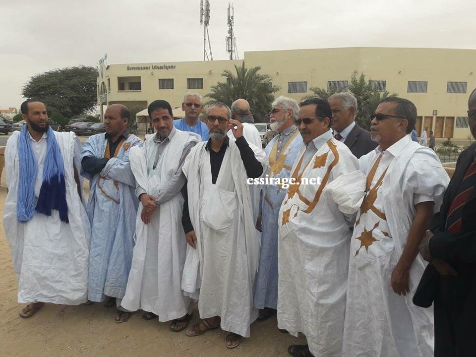 قادة المنتدي صباح اليوم أمام السجن المدني