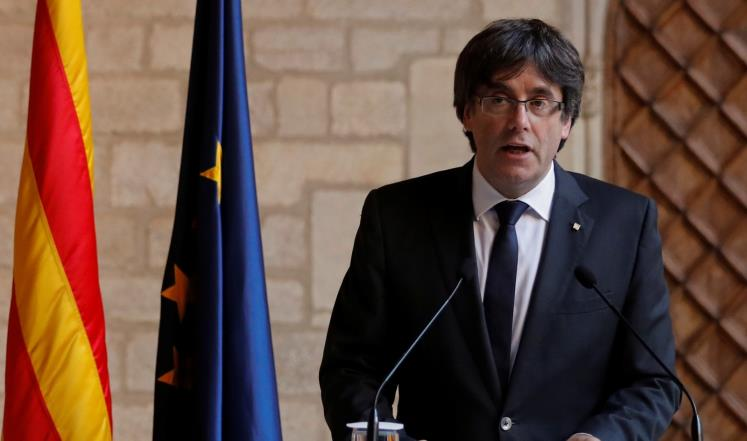 رئيس حكومة إقليم كتالونيا كارلس بوغديمونت الذي أعلن الاستقلال من جانب واحد