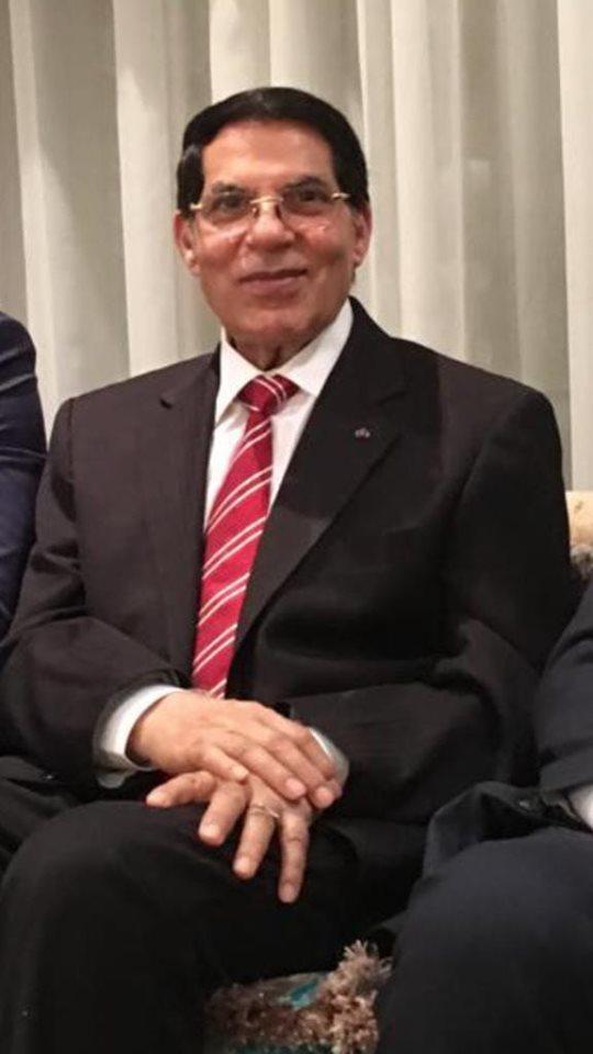 صورة الرئيس التونسي الأسبق زين العابدين بن علي، التي نشرها محاميه مع رسالته التي وجه للشعب التونسي