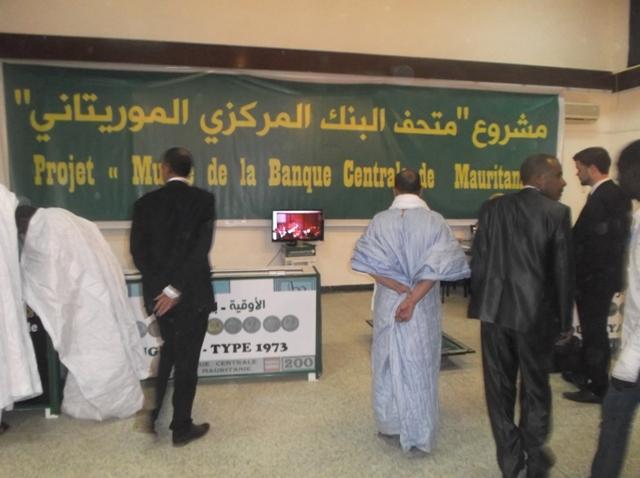 جانب من معرض العملات والطوابع البريدية بالمتحف الوطني في نواكشوط (السراج)