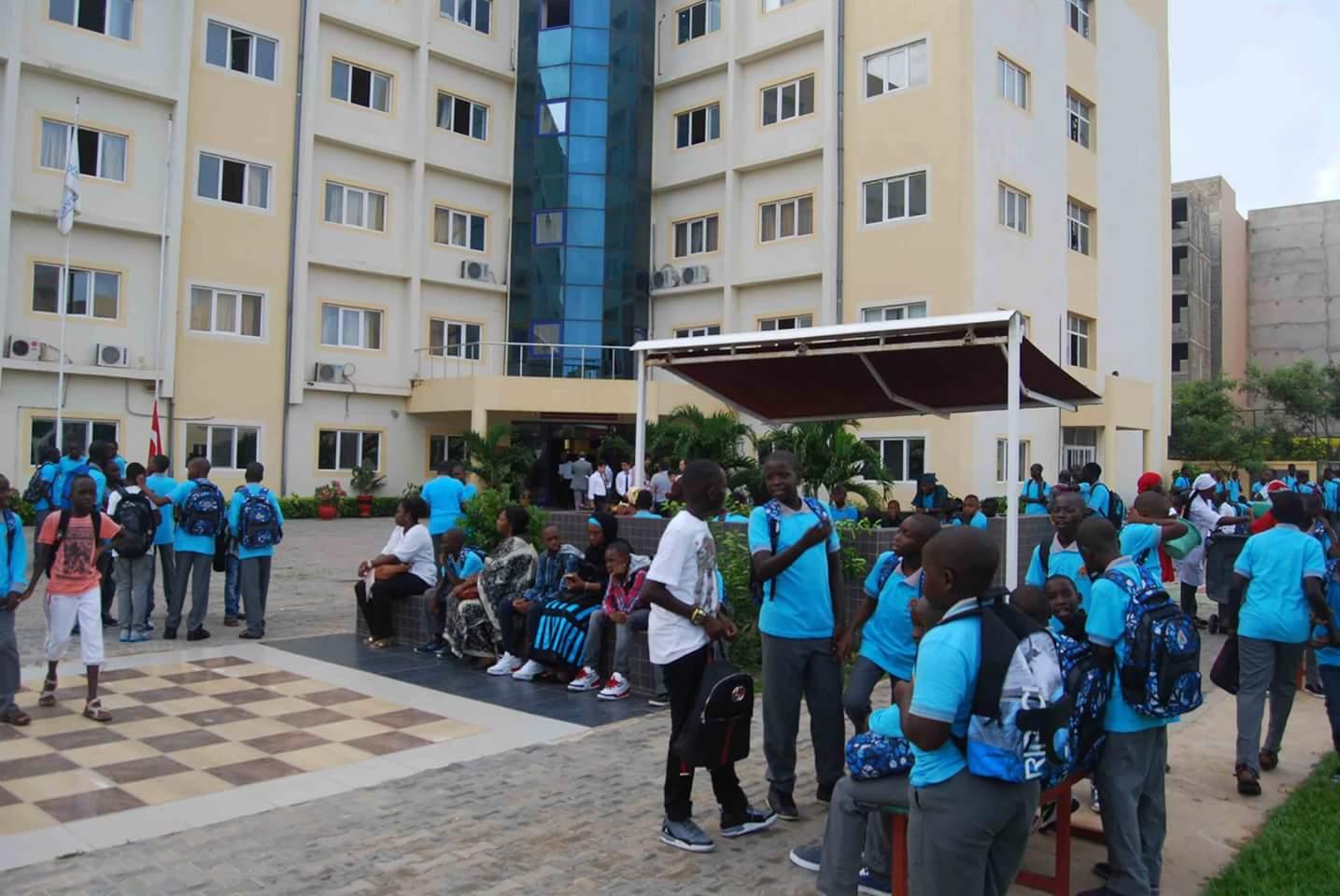 صورة من المدارس