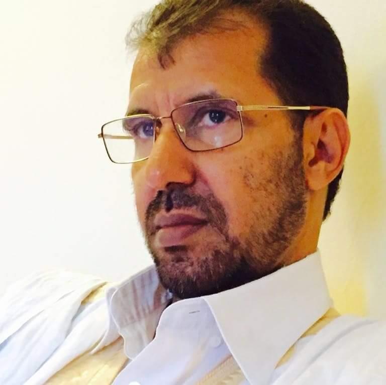الكاتب والشاعر أحمد أبو المعالي