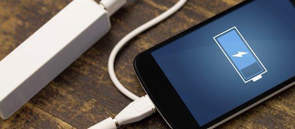 5 أسباب لانتفاخ بطارية هاتفك.. وكيف تتجنبها