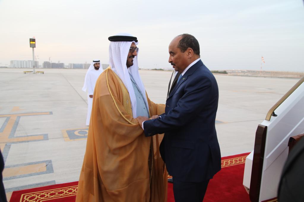 الرئيس الموريتاني محمد ولد عبد العزيز ووزير التربية والتعليم الإماراتي حسين الحمادي.