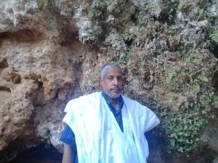 الكاتب عبد الفتاح اعبيدن
