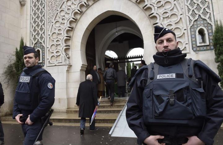 قانون فرنسي يمنع الجزائر والمغرب وتركيا من تمويل المساجد