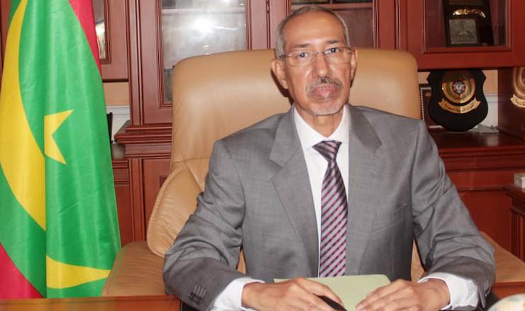 حننه ولد سيدي: وزير الدفاع الوطني