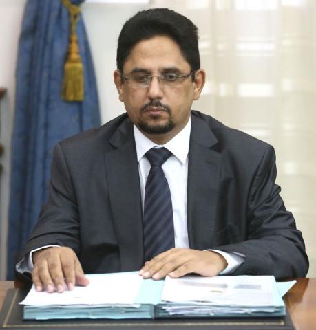 محمد الأمين ولد الشيخ: وزيرة الثقافة الناطق باسم الحكومة الموريتانية.