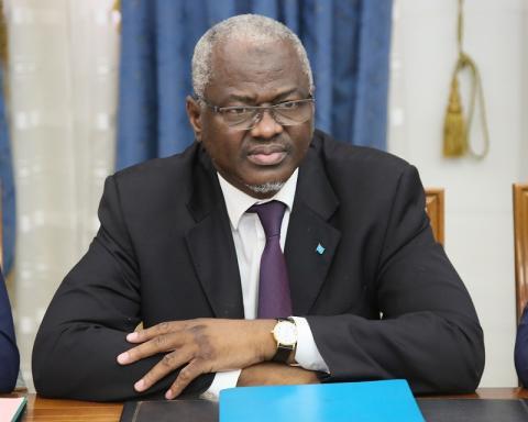 سيدي ولد سالم: وزير التعليم العالي والبحث العلمي وتقنيات الإعلام والاتصال