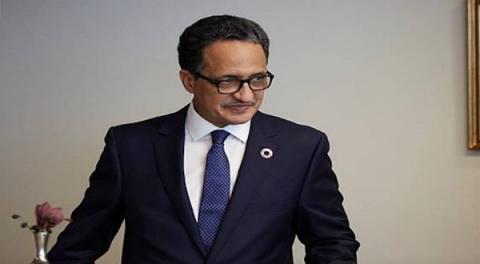 إسلك ولد أحمد إزيدبيه: السفير الموريتاني لدى المملكة المتحدة.