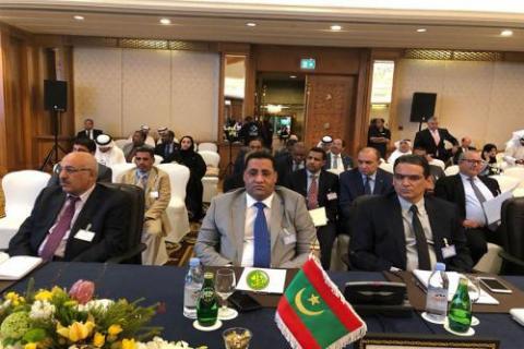 وزير الاقتصاد والمالية ومحافظ البنك المركزي خلال مشاركتهما في اجتماعات الهيئات المالية العربية بالكويت