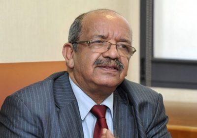 عبد القادر مساهل: وزير الخارجية الجزائري.