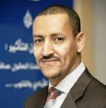 أحمد فال الدين كاتب صحفي