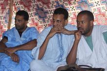 جانب من الاجتماع التحضيري لإنشاء حملة دعم للشاعر محمد ولد أدوم (السراج)