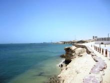جانب من ضفة المحيط قبالة مدينة نواذيبو العاصمة الإقتصادية لموريتانيا (السراج)