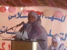 مديرة المعهد الإسلامي لتعليم البنات آسية بنت نافع (تصوير - السراج)