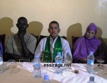 جانب من الاجتماع التفاوضي يظهر فيه ثلاثة من مناديب عمال شركة اسنيم المضربين (السراج)