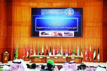 جانب من افتتاح ملتقى يبحث سبل وضع رؤية علمية لعناصر الأمن والسلامة بالعاصمة السعودية الرياض (صحيفة الرياض الإلكترونية)
