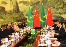 جانب من لقاء بين الوفد الرئاسي الموريتاني والحكومة الصينية بقيادة رئيس الوزارء (وم أ)