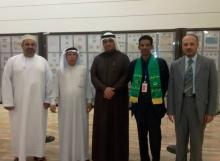 جانب من مشاركة  الخبير الموريتاني عبد اللطيف سيد محمد في معرض المنامة للطوابع البريدية والعملات في دورته الثانية عشرة (السراج)