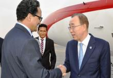 الأمين العام للأمم المتحدة بان كيمون لدى استقباله من قبل وزير الخارجية الموريتاني اسلكو ازيد بيه (وم أ)