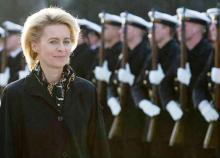 """وزيرة الدفاع الألمانية """"أورزولا فون دير لاين"""" (أرشيف)"""