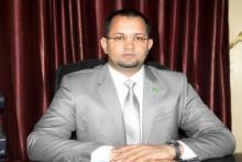 أحمد ولد أهل داوود: وزير الشؤون الإسلامية والتعليم الأصلي.
