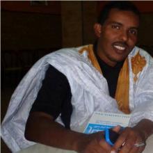 سيد أحمد ولد باب: كاتب صحفي ومدير ناشر لموقع زهرة شنقيط.