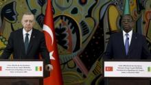 الرئيسان السنغالي ماكي صال والتركي رجب طيب أردوغان