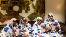 قياديات في الشبكة يحملن العدد الأول من مجلة عائشة