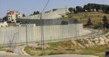 جدار صهيوني بطول 42 كيلو مترا لحصار الخليل
