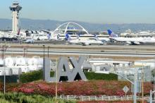 إغلاق جزئي لمطار لوس أنجلوس بسبب احتمال وقوع إطلاق نار