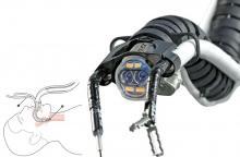 """""""ثعبان"""" آلي لإجراء عمليات جراحية في المناطق الحرجة"""