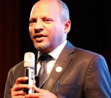 د. محمد الأمين حمادي: أستاذ بجامعة نواكشوط ـ مهتم بقضايا التربية والتعليم