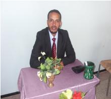 الكاتب محمذن فال ولد محمد يحظيه